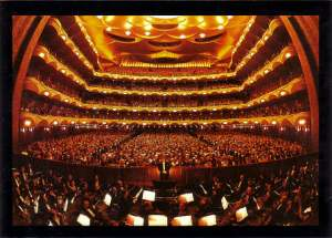 THe Metropolitan Opera House (interior)
