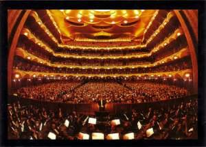 THe Metropolitan Opera House (interior)