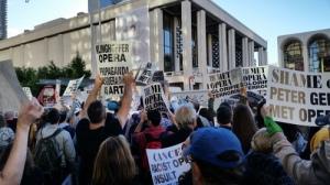 Klinghoffer protesters