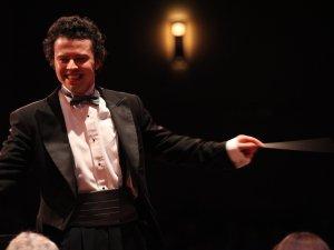 Boulder Symphony conductor Devin Patrick Hughes