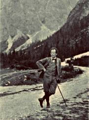 mahler-hiking