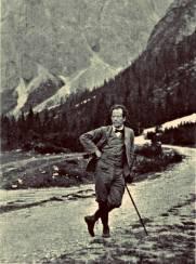 mahler-hiking