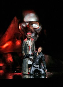 22 Soloman Howard (The Commendatore) and Daniel Okulitch (Don Giovanni) in 'Don Giovanni' (c) Ken Howard for Santa Fe Opera.SMALL