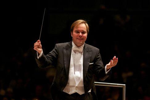 marcelo_lehninger_-_gr_symphony_music_director_3