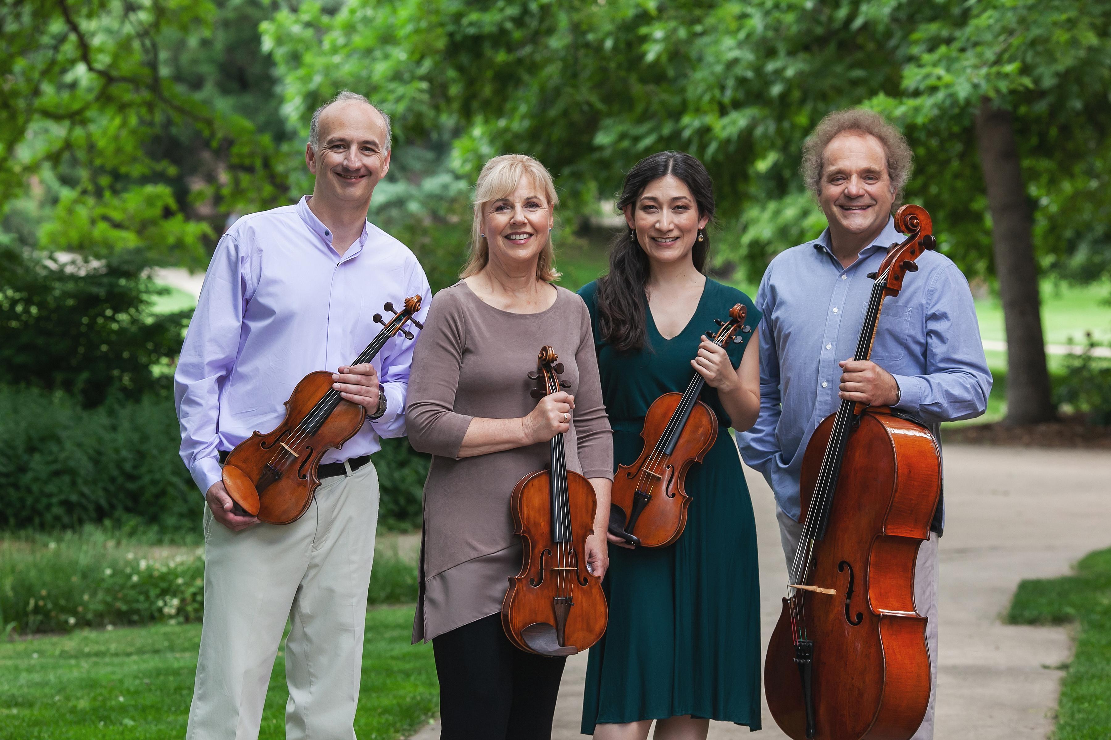 09-Takacs-Quartet-Amanda-Tipton-photography.jpg