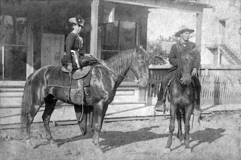 Belle_Starr,_Fort_Smith,_Arkansas,_1886