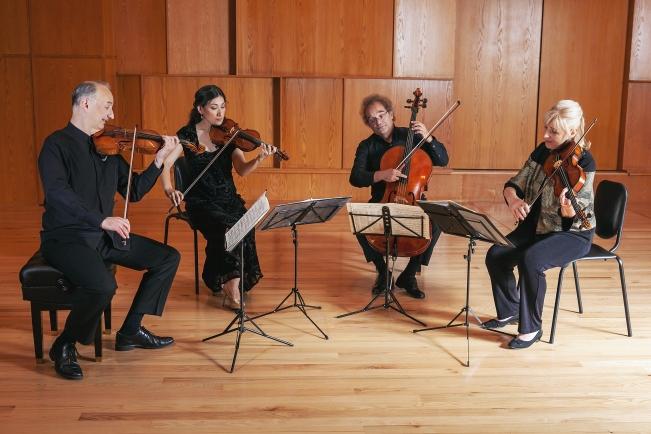 06-Takacs-Quartet-Amanda-Tipton-photography.jpg